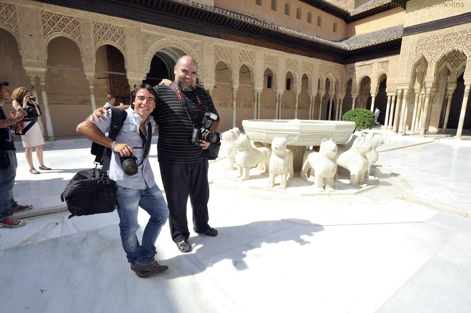 GR01. GRANADA, 27/07/12. El presidente de la Junta de Andalucia Jose Antonio Griñan ha inaugurado hoy la rehabilitación del patio de los leones de la Alhambra en el recinto nazari esta mañana. En la imagen el aspecto que presenta el patio de los leones tras años de obras de conservación.
